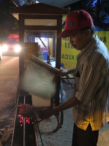Tukang sate on Jalan Bahureksa.